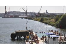 Stadstriennalen - badet i jubileumsparken