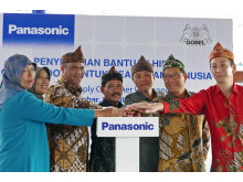 Handover Ceremony of Panasonic's Second Power Supply Container Donation