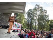 Geirr Lystrup på Barneaksjonens jubileumskonsert