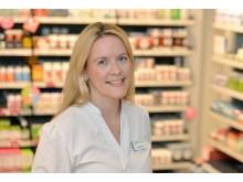 Mari Furseth Solberg - apoteker på Vitusapotek Jernbanetorget - oppfordrer alle til lusesjekk