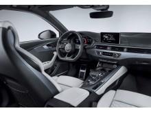 Audi RS 4 Avant interiør