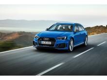 Audi RS 4 Avant (Nogaroblå perleeffekt)