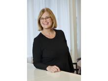 Eva Adolphson, pensionsekonom