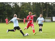 Das Frauenfußballturnier bietet weiblichen Werkstattbeschäftigten eine Plattform für Spaß, Bewegung und ein faires Miteinander.