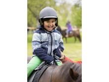 Hästfest på Tyresö slott - ponnyridning