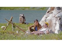Arkeologens dotter_ep2_vid lägret