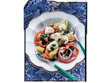 Grekisk sallad med kalamataoliver och gröna chalkidikioliver