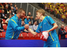 Anton Källberg tackar coach Marcus Sjöberg