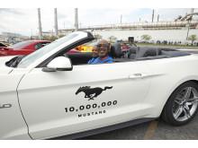 10M Mustang