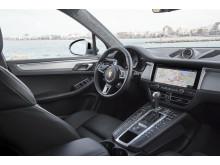 5_Porsche Macan S