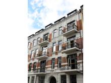 Fasaden i Neuberggata 24 har også gjennomgått rehabilitering.