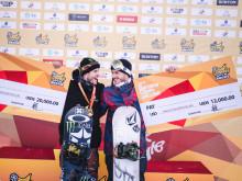 Ståle Sandbech med andreplass og Torgeir Bergrem med tredjeplass i Kina. Foto: Spencer Whiting