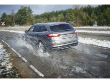Ford 2017 kátyú