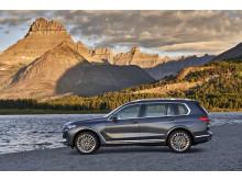Ensimmäinen BMW X7_sivuprofiili