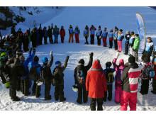 Alla på snö – barn och ledare i ring