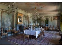 Stora matsalen med framtaget väggmåleri från rokokotiden