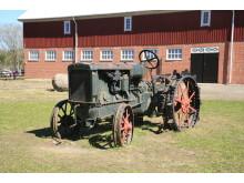 Traktormakt. Foto Friluftsmuseet Gamla Linköping