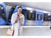 Tobii Glasses 2 Wearable Eye Tracking - Mobile Device Studies