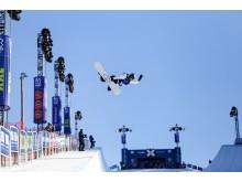 Iouri Podladtchikov method. Foto: Process Films / Snowboardforbundet
