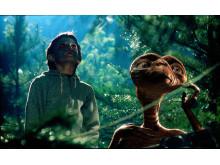 Elliott & E.T.