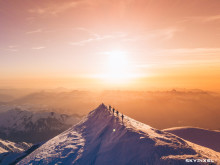 2018 SkyPixel Contest-Nominated Entries-Summit for the team Mont Blanc