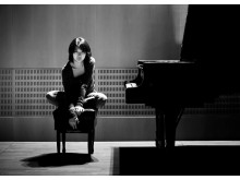 Claire Huangdi, piano