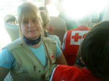 Röda Korsets Maude Fröberg i hjälpkonvoj 16 januari på väg till Haiti