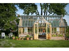 Grand portico i cederträ från Vansta trädgård