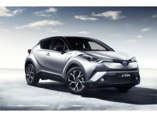 Toyota nådde en försäljning av 1,52 miljoner elektrifierade fordon 2017, tre år före 2020-målet