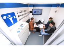 Beratungssituation im UPD-Mobil