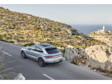 1_Porsche Macan S