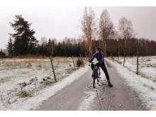 I vinter cyklar Elna Dahlstrand drygt 30 mil runt Vättern