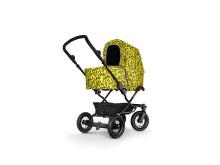 Kronanbarnvagn med regnskydd av Mini Rodini för Barnvagnsmarschen 2015