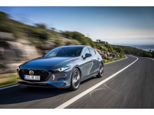 Mazda3 Hatchback i färgen Polymetal Metallic
