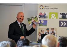Mikael Aru uppmanade livsmedelsbranschen att arbeta för att attrahera vassaste hjärnorna.