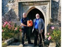 Police donation helps buy defibrillator for Hooe church