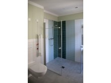 Integrationshotel Philippus - behindertengerechtes Badezimmer