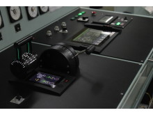 High res image - Kongsberg Maritime - AutoChief 600 console