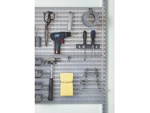 DK_Utility-Storage-Garage-platinum-storingboard-tools-closeup-square-original