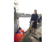 Kronprinsessan kastar loss Tre Kronor af Stockholm