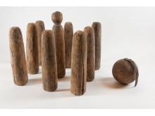 Kägelspel av svarvat trä, Västergötland 1800-talet, Foto: ©Nordiska museet