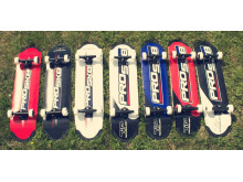 En skateboard är en utmärkt SOMMARPRESENT då det stärker åkarens balanssinne och motorik