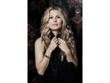 Den mångsidiga artisten Pernilla Andersson får Sir George Martin Music Award 2013