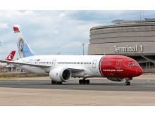 NORWEGIAN DREAMLINER - AEROPORT CDG PARIS