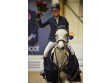 Emelie Grönberg segrare i Runsten Equestrian Ungdoms Grand Prix