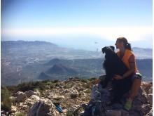 Marianne og Roxy på fjelltur