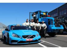 Volvo L60G PCP - Karin Olsson med kollegorna och partners i Volvo Polestar Racing i TTA