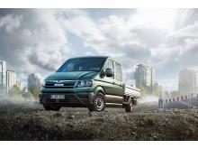 TGE leveres som både lukket kassevogn, kassevogn med sideruder og som chassis med kort førerhus og dobbeltkabine.