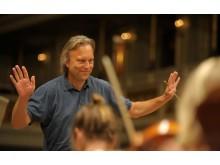 Edvard Munch 150 år! Ungdomssymfonikernes dirigent Ole Kristian Ruud