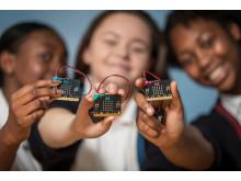 De neste fire årene skal de regionale vitensentrene gjennomføre opplæring av elever ved alle landets grunnskoler, som ledd i den teknologiske skolesekken.